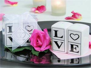 """LOVE' Salt and Pepper shaker set"