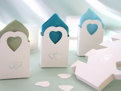 Favour Boxes with silver hearts - set of 100