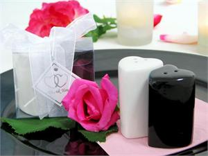 Heart Shaped Salt and Pepper shaker set