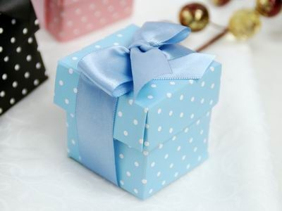 Polka dot favor boxes, 2 piece, set of 100