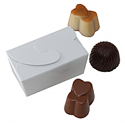 Ballontine style box with 2 delicious belgian chocolates