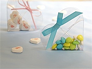 Heart shaped favour boxes - set of 100