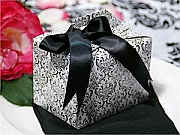 Tote shaped Favour Boxes - set of 100, choice of colours